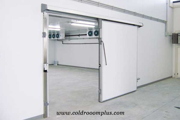 cold room sliding door of cold room run in Thailand