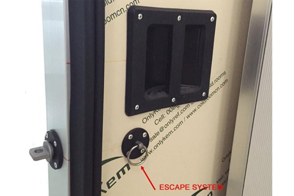 escape system of cold room-sliding-door